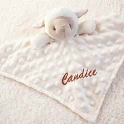 Doudou mouton en minky personnalisable-detail