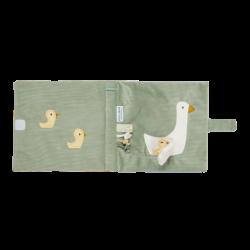 Livre d'éveil Little goose de Little dutch-detail