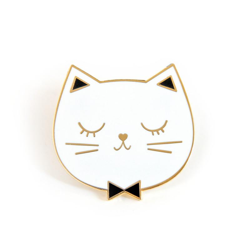 Pin's émaillé blanc chat Edmond zu